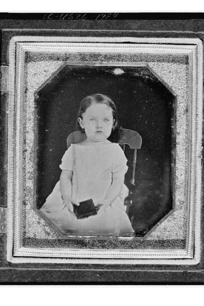 Dating & Identifying Your Old Family Photographs | ThePhotoOrganizers.com