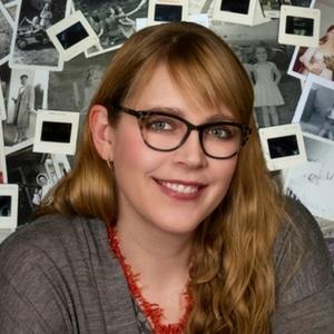 Meaghan Kahlo of Ephemera Photo Organizing
